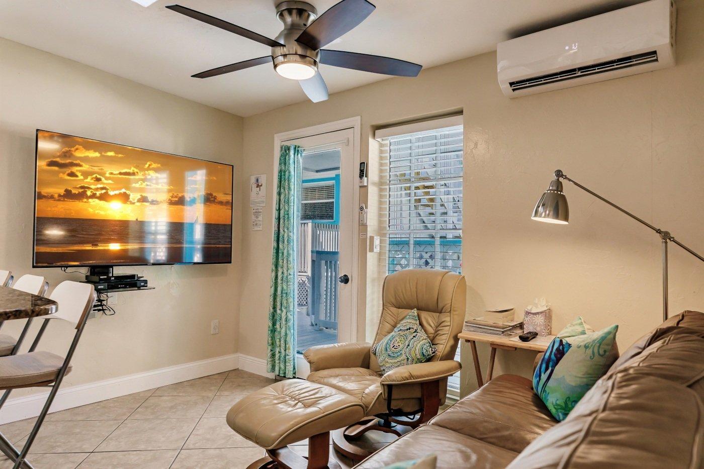 The Cabana, Living Room