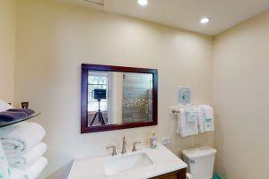 The Cottage, King Bedroom Sink